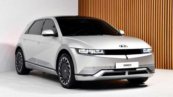 Hyundai в 2 раза сократит количество моделей с ДВС –